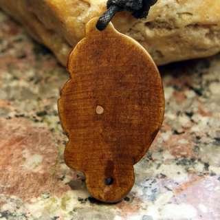 Ox Bone CARVED NZ MAORI FISH Pendant Necklace (8120919)