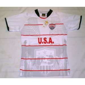 WORLD CUP KIDS, BOY , GIRLS & LADIES USA SMALL SOCCER JERSEY Sports