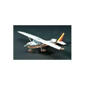 MINICRAFT   1/48 Cessna 150 Aircraft (Plastic Models