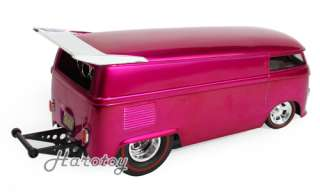 VW VOLKSWAGEN CUSTOMIZED DRAG BUS HOT WHEELS 1:18 PINK