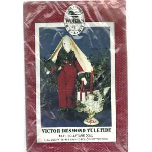 Desmond Yuletide  Soft Sculpture Doll   28 Arts, Crafts & Sewing