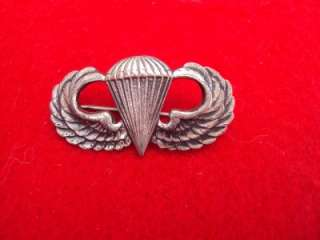 Beautiful WWII US Airborne sterling silver Paratrooper jump wings