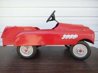 1950s AMF REISSUE PEDAL CAR RIDE ON TOY VEHICLE WITH OPENING TRUNK
