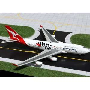 Gemini Jets Qantas B747 400 Model Airplane Everything
