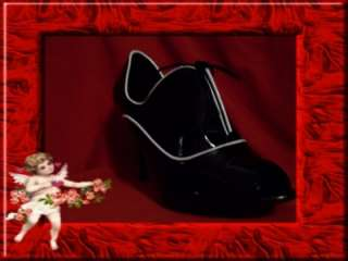 Black & White Patent WILD DIVA Shoes/Peep Toe Oxfords 6