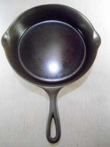 Pre Griswold Erie Cast Iron No 8 Pan   SKILLET   Erie 8 F