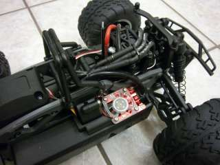 HPI Racing Savage XS Flux 4WD 2 4 CELL LIPO BRUSHLESS SYSTEM PNP