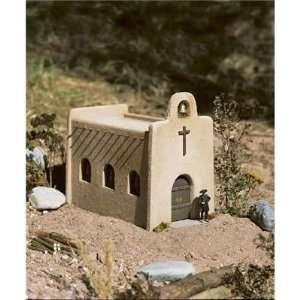 LAS CRUCES CHURCH   PIKO G SCALE MODEL TRAIN BUILDING