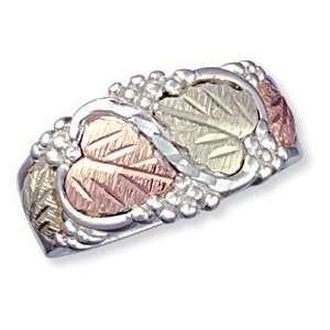 Ring from Landstrom   Size 6 Landstroms Black Hills Gold Jewelry