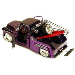 Jada Toys Bigtime Kustoms   Chevy Stepside Tow Truck (1955
