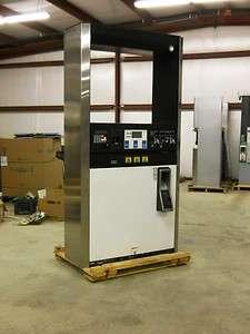 Dresser Wayne 3V 590 Gas Pump/ Fuel Dispenser with Card Reader