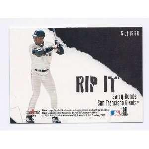2001 Fleer Premium Grip It and Rip It #5 Barry Bonds Shawn