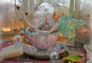 (TINK) SCULPTURE ART DOLL TEACUP FAIRY/FAE BY SUTHERLAND