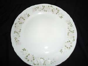 Sheffield Fine China Japan Classic 501 Dinner Plate |