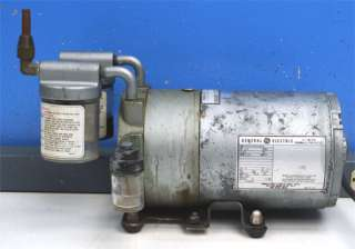 Gast 0522 V50 G18DX Rotary Vane Vacuum Pump