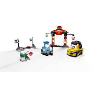 LEGO Disney Pixar Cars 2   Tokyo Pit Stop (8206)   LEGO   Action