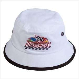 WHITE NASCAR BUCKET HAT