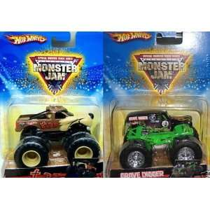 Hot Wheels Monster Jam Taz Vs Grave Digger, 164 Scale.  Toys & Games