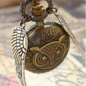 Harry Potter golden snitch OWL Style Flying ball necklace