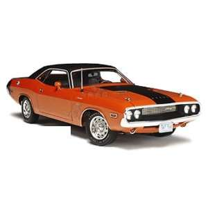 Highway 61   Dodge Challenger R/T Hard Top (1970, 124, Hemi Orange
