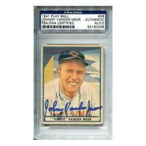 Johnny Vander Meer Autographed 1941 Play Ball Card Sports